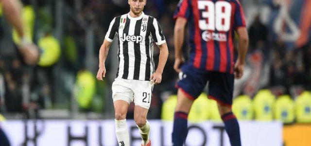 Howedes_Mandragora_Juventus_Crotone_lapresse_2018