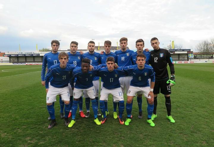 Italia U19 schierata
