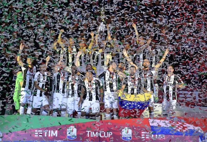 Juventus_CoppaItalia_festa_lapresse_2017