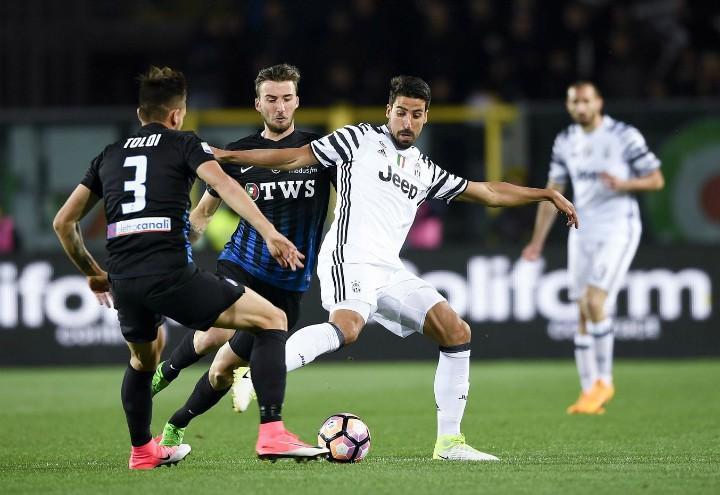 Khedira_Toloi_Cristante_Juventus_Atalanta_lapresse_2018