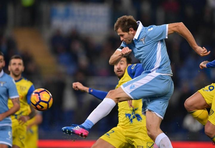 Lulic_tiro_Lazio_Chievo_lapresse_2017