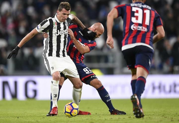 Mandzukic_Ajeti_Sampirisi_Juventus_Crotone_lapresse_2018
