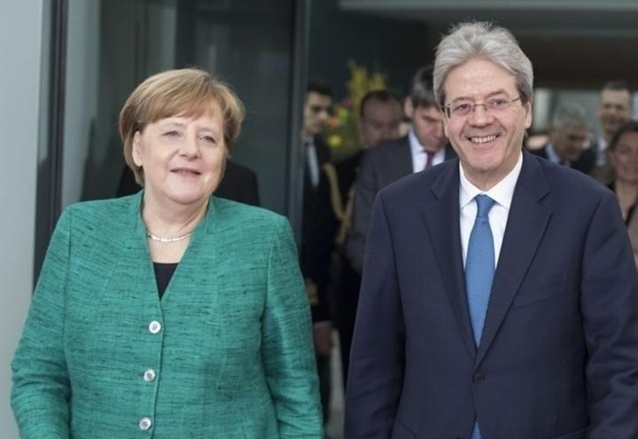 Merkel_Gentiloni_Lapresse