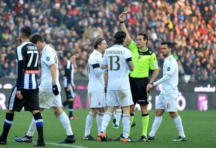 Milan_Udinese_Romagnoli_ammonito_lapresse_2017