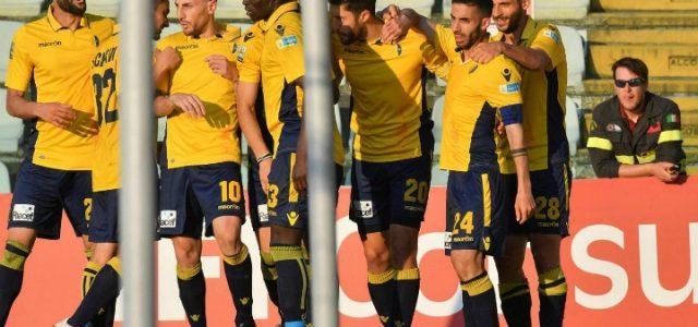 Modena_gol_esultanza_legapro_lapresse_2017