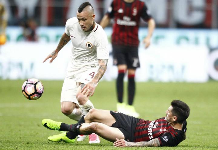 Nainggolan_Roma_Milan_lapresse_2017