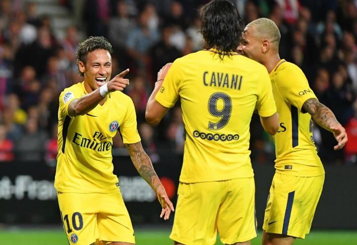 Neymar_Cavani_Psg_giallo_lapresse_2017