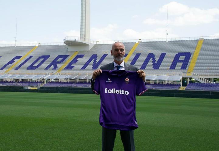 Pioli_Fiorentina_maglia_lapresse_2017