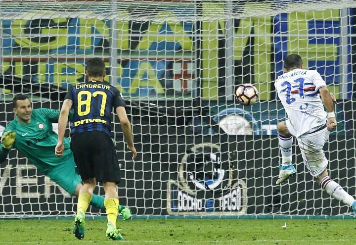 Quagliarella_Candreva-Handanovic_Inter_Sampdoria_lapresse_2017