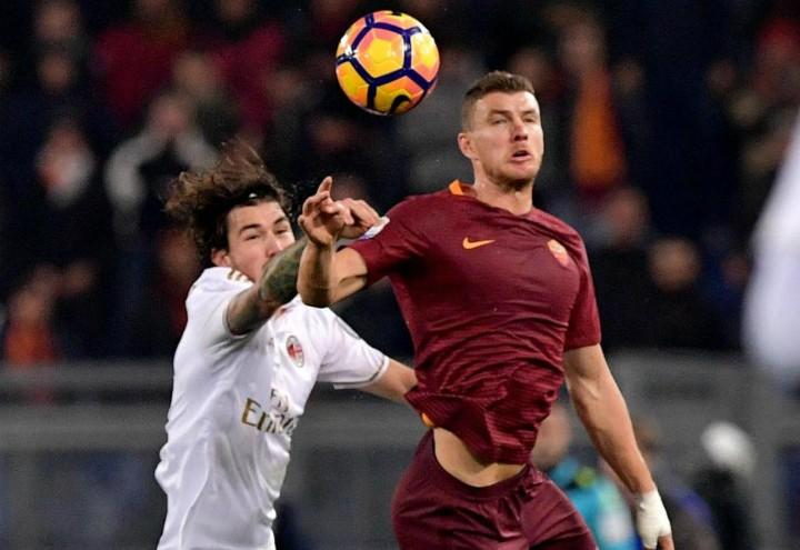 Romagnoli_Dzeko_Roma_Milan_lapresse_2018