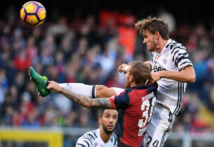 Rugani_Rigoni_Genoa_Juventus_lapresse_2017