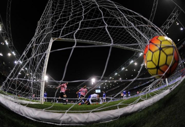 Sampdoria_Juventus_rete_pallone_lapresse_2017