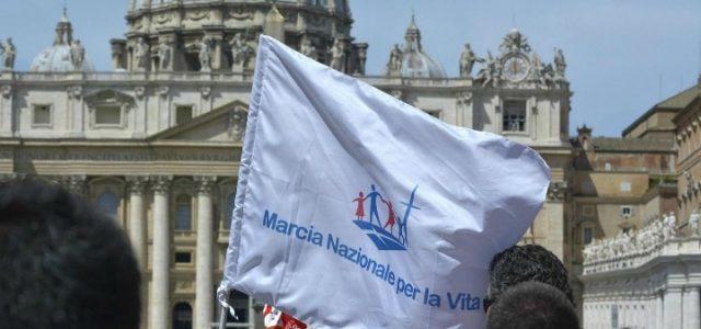 aborto_manifestazione_provita_chiesa_lapresse_2014