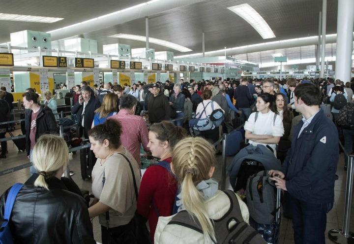 aeroporto_code_aerei_schengen_passeggeri_sciopero_lapresse_2017