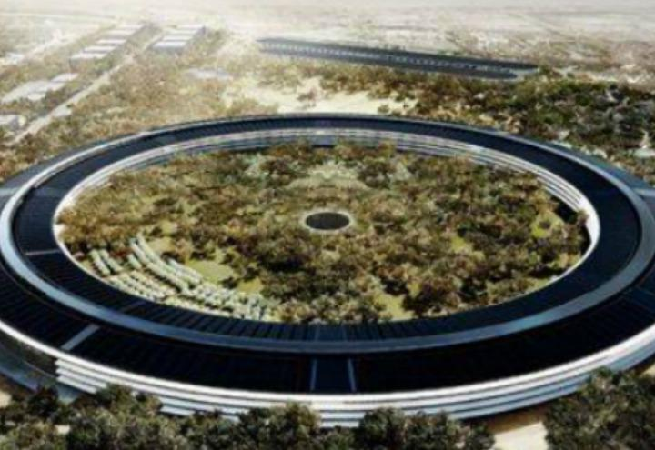astronave_apple_park_steve_jobs_facebook