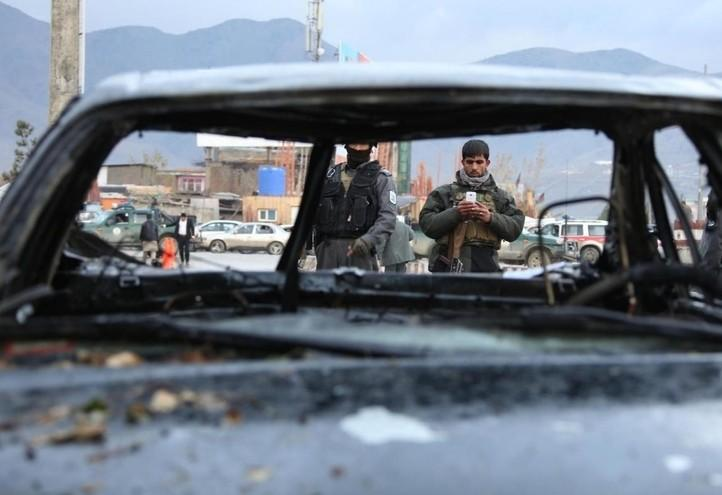 attentato_kabul_afghanistan_isis_autobomba_lapresse_2018