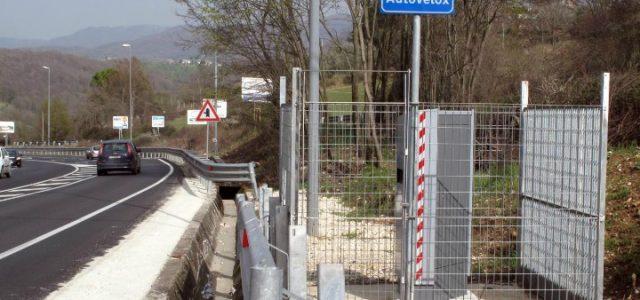 autovelox_incidente_telecamere_strade_velocita_limiti_lapresse_2017