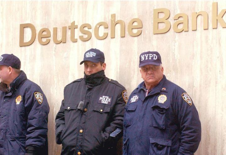 banca_germania_deutsche_bank_truffa_polizia_lapresse_2017