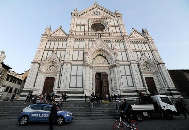 basilica_santacroce_firenze_chiesa_arte_lapresse