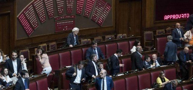 camera_aula_voto_fiducia_lapresse_2017