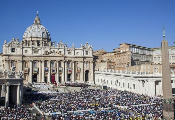 chiesa_cattolica_sanpietro_piazza_basilica_lapresse_2017