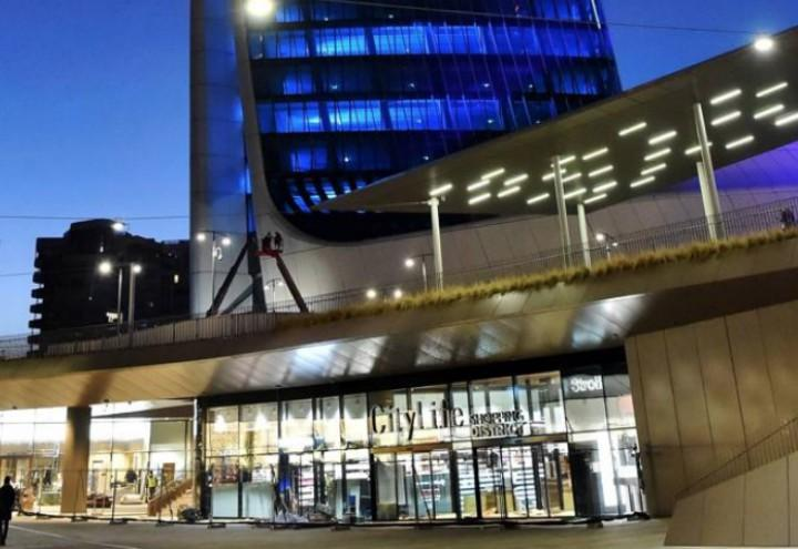 Citylife milano shopping district video rinviata l for Negozi arredamento milano centro
