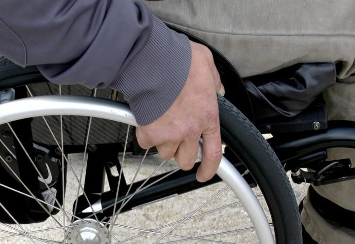disabili_sedia_rotelle_pixabay