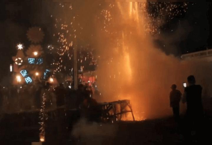 esplosione_fuochi_artificio_cuba_parrandas_twitter_2017