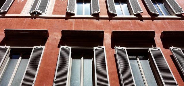 sesso davanzale finestra
