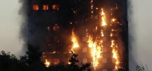 incendio_londra_palazzo_grattacielo_fiamme_twitter_2017