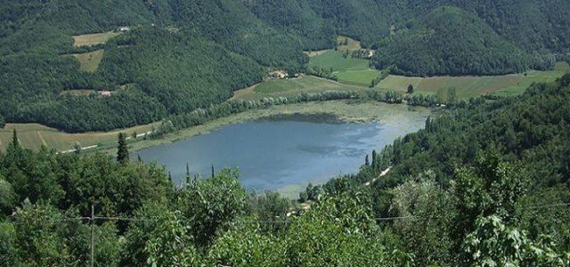 lago_fimon_wikipedia_2018