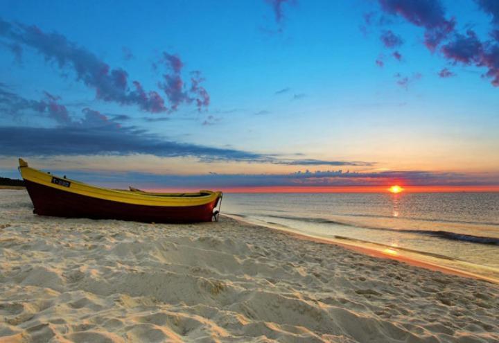 mare_barca_spiaggia_rimini_atelierdellearti
