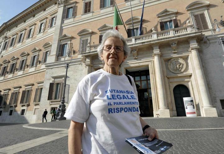 mina_welby_eutanasia_suicidio_dj_fabo_davide_trentini_parlamento_lapresse_2017