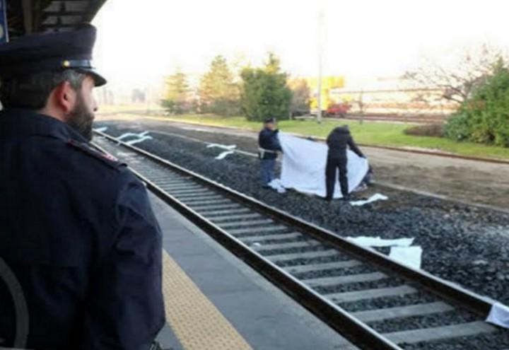 morto_binari_treno_carabinieri_omicidio_ferrovia_twitter_2018