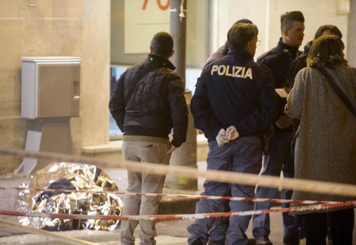 napoli_rapina_gioielliere_polizia_omicidio_lapresse_2018