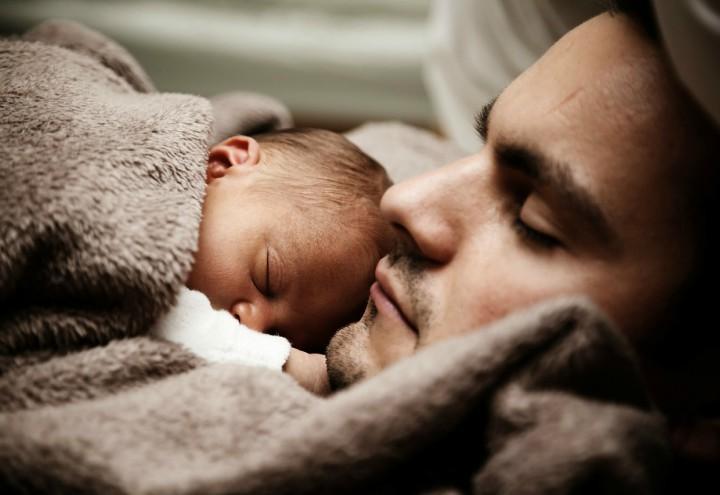 neonato_padre_figlio_papa_pixabay_2018