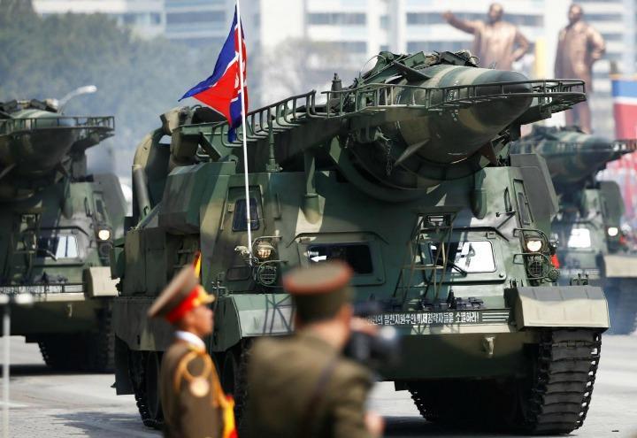 nordcorea_2_esercito_parata_lapresse_2017