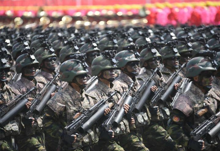 nordcorea_3_esercito_parata_lapresse_2017