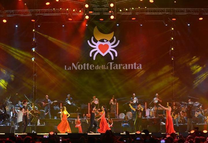 Photo credits https://cdnx.ilsussidiario.net/wp-content/uploads/2018/07/12/notte_della_taranta_facebook.jpg