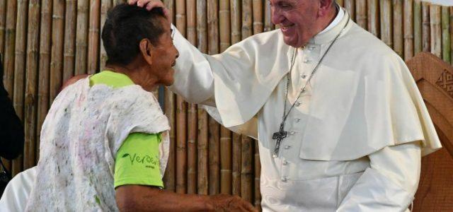 papa_francesco_peru_cile_viaggio_indios_lapresse_2018