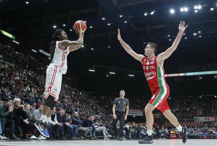 pesaro_olimpiamilano_basket_lapresse_2017