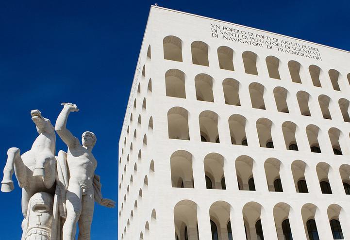 roma_eur_palazzo_civilta_fascismo_arte_web