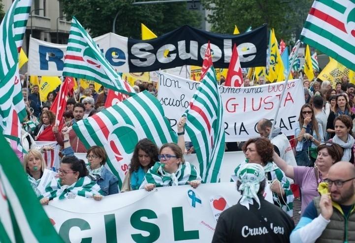 scuola_sciopero_cisl_lapresse_2018