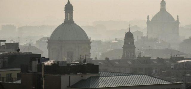 smog_inquinamento_pm10_milano_lapresse