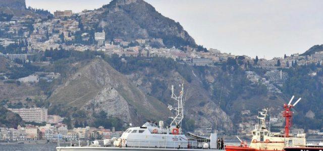 taormina_g7_guardia_finanza_sicilia_mare_porto_lapresse_2017