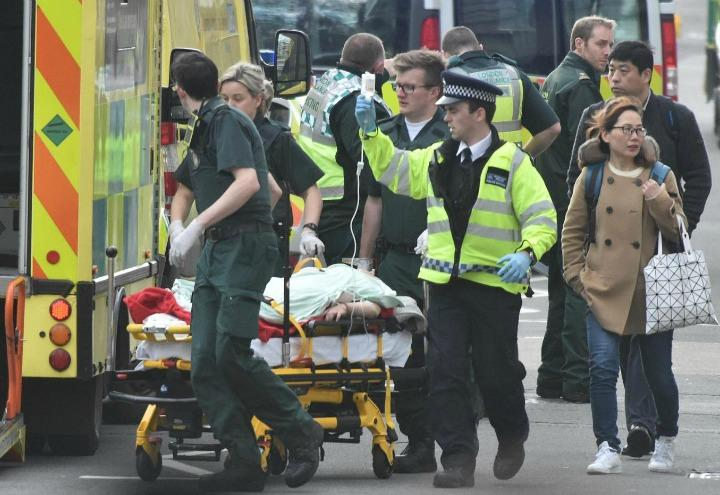 terrorismo_londra_westminster_1_lapresse_2017