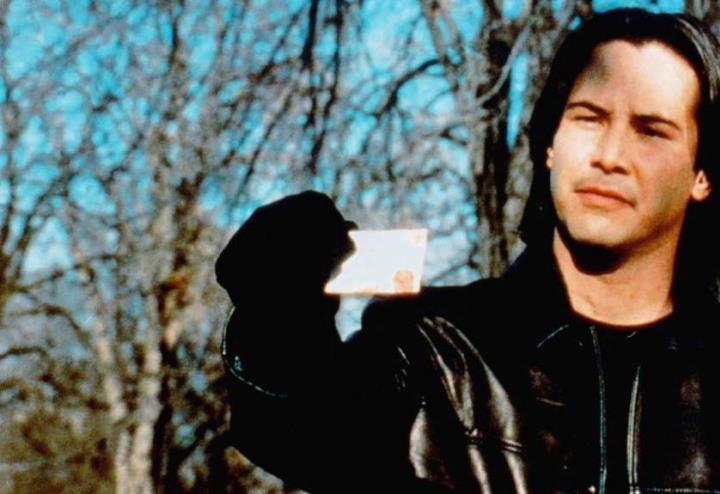 The Watcher, Rete 4/ Curiosità sul film con James Spader e Keanu ...