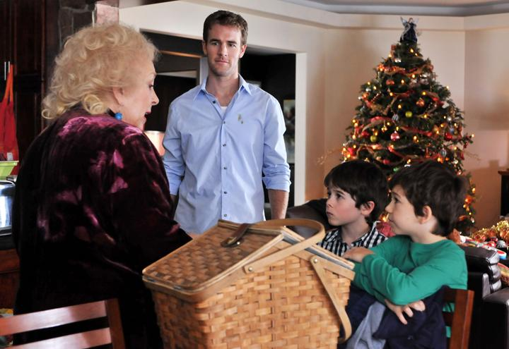 Una Tata Per Natale.Una Tata Magica Su Canale 5 Il Film Con James Van Der Beek