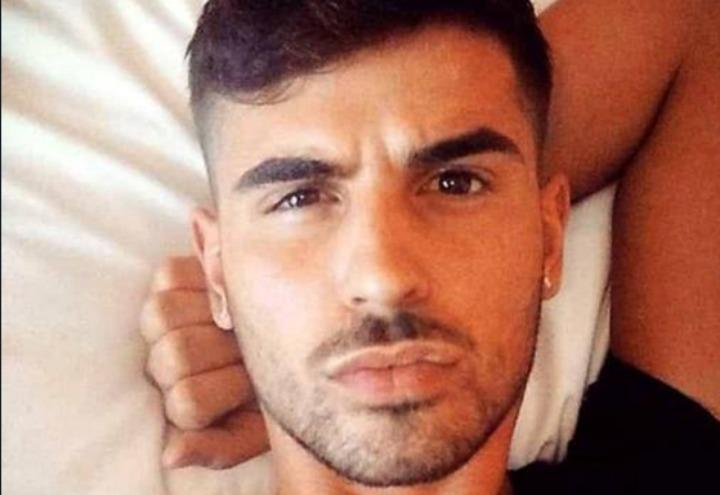 vincenzo_ruggiero_attivista_gay_napoli_ucciso_pezzi_garage_twitter_2017