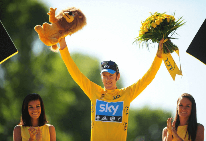wiggins_podio_tour2012_lapresse